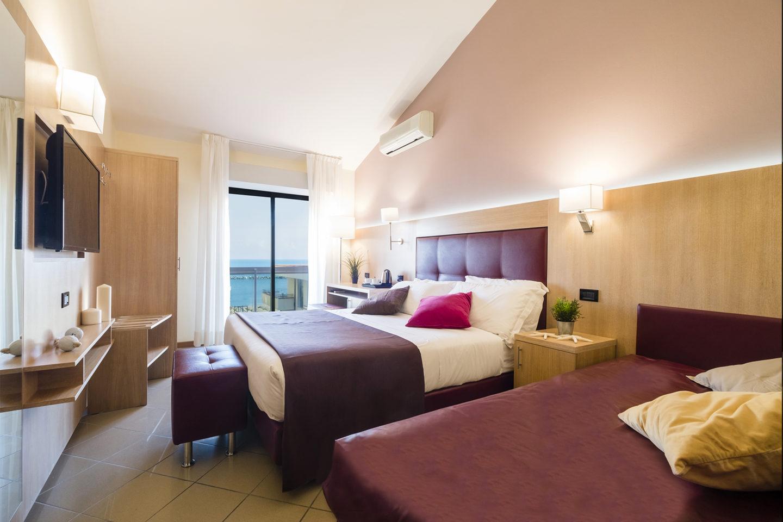 Hotel Ostuni 3 stelle Viserbella